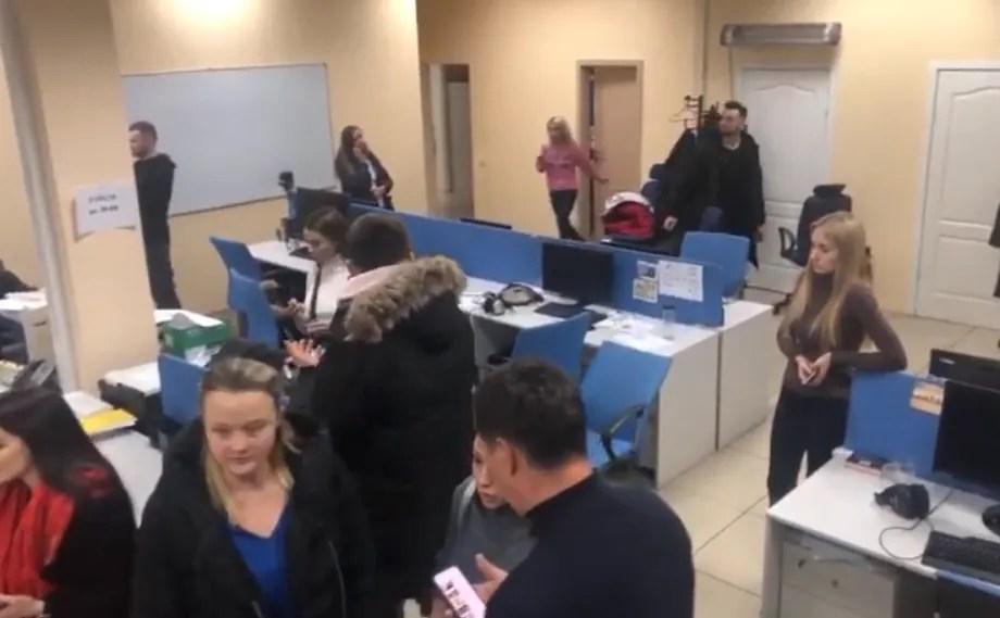 """СБУ нагрянула з обшуком на канал """"1+1"""": перші деталі і онлайн-трансляція"""