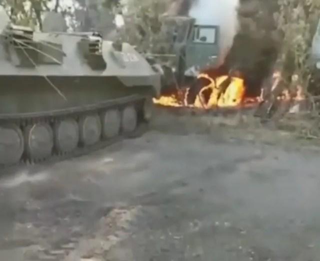 """На учениях """"Кавказ-2020"""" российские военные сожгли свою технику."""