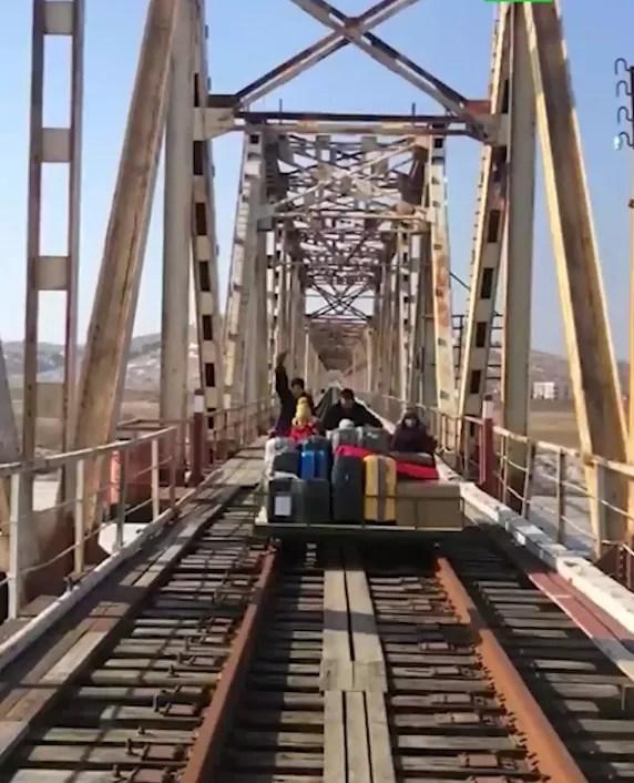 Возвращение россиян из Северной Кореи