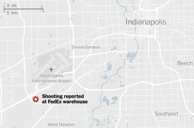 В США возле аэропорта произошла стрельба, много погибших. Видео