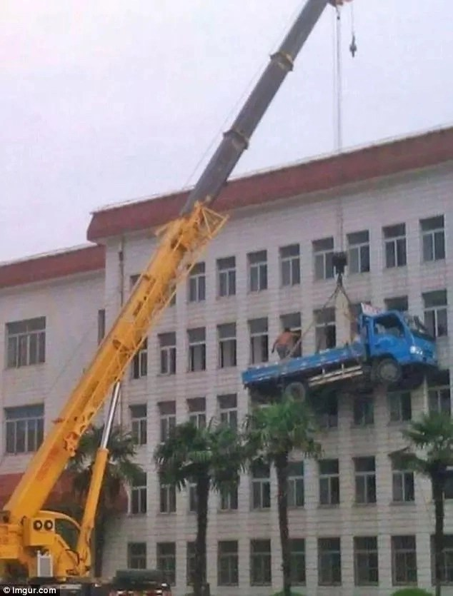 What could possibly go wrong? Photo: Imgur.com