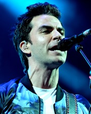Singer Kelly Jones