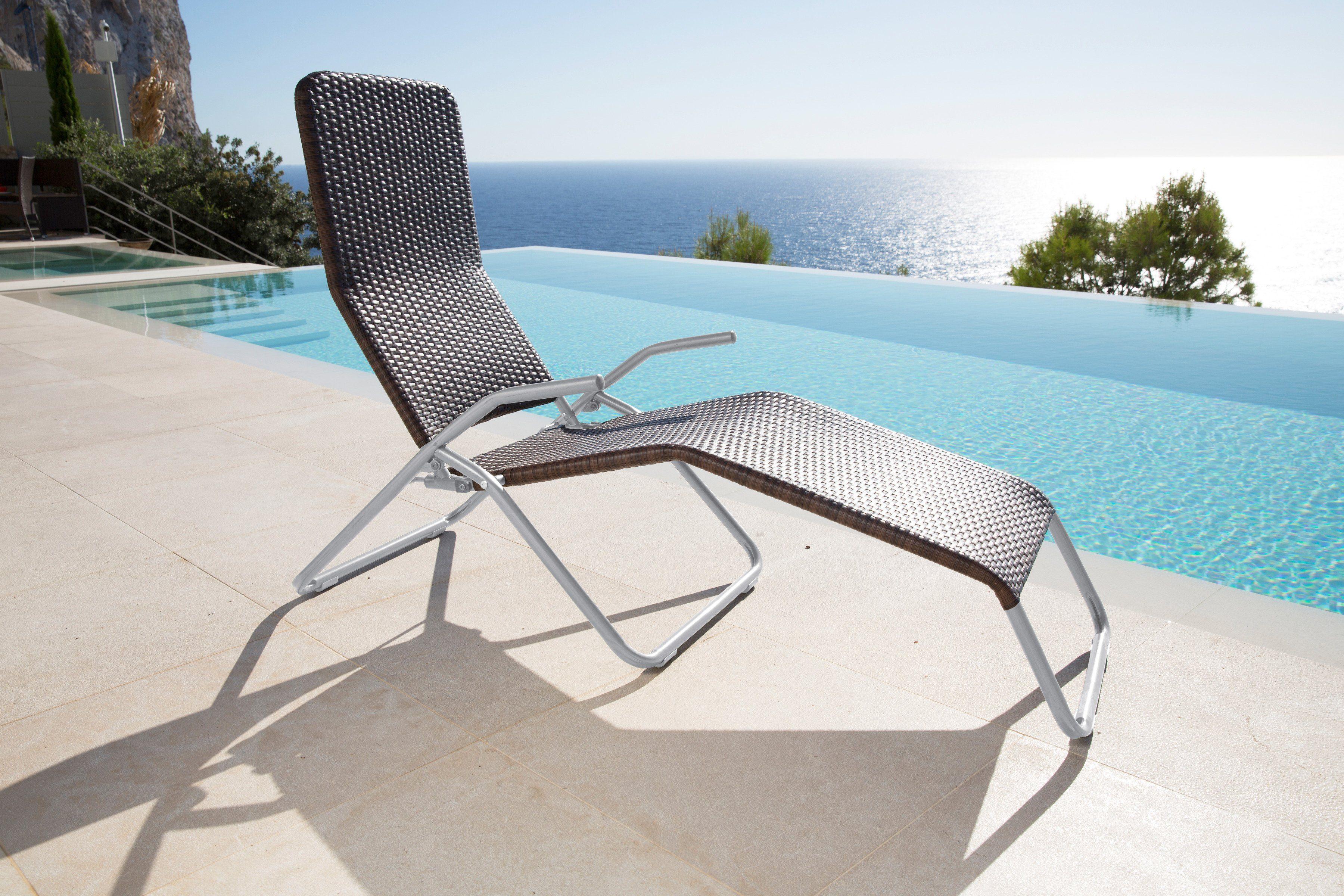 sonnenliege extra hoch osoltus dreibeinliege xxl. Black Bedroom Furniture Sets. Home Design Ideas