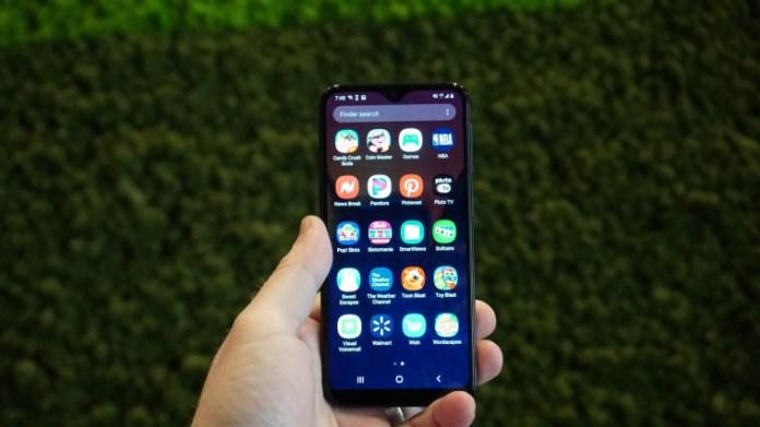 Samsung Galaxy A10e Review Pcmag