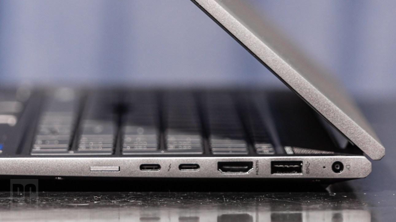 Правые порты HP ZBook Firefly 15 G8