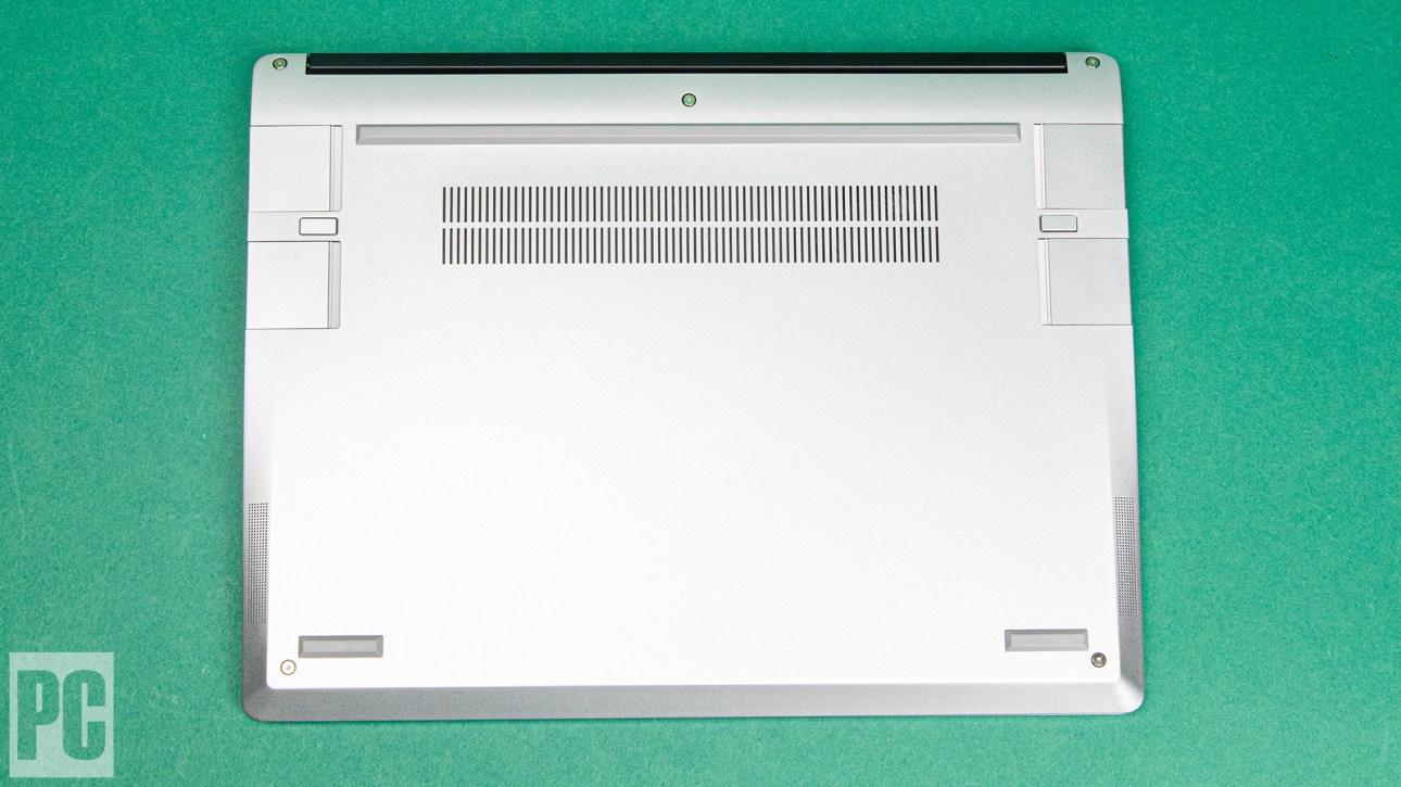 Нижняя сторона ноутбука Framework