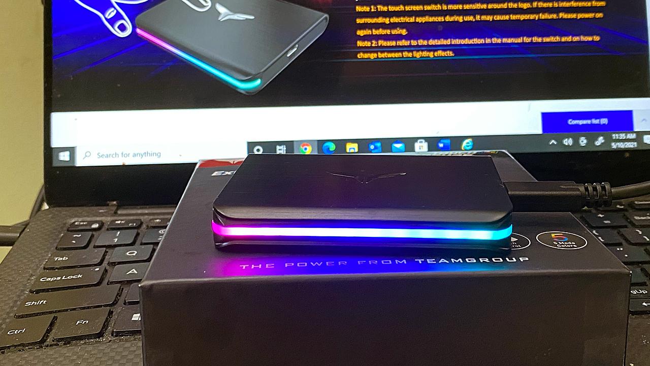 Внешний твердотельный накопитель TeamGroup T-Force Treasure Touch с RGB-подсветкой