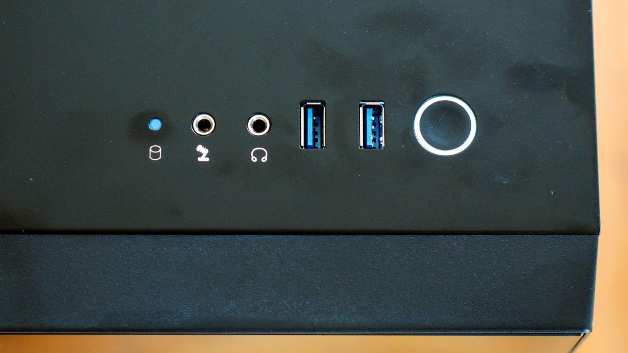 Передние порты iBuyPower Element CL Pro (2021)
