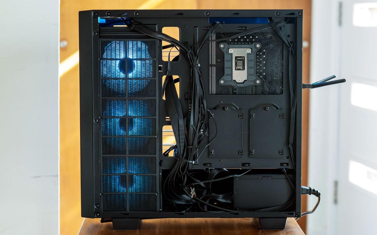 Отсек для дисков iBuyPower Element CL Pro (2021)