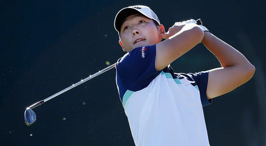 Danny Lee carded a 4-under 67 and leads by 3 shots heading into Sunday. (Christian Petersen/Getty Images)