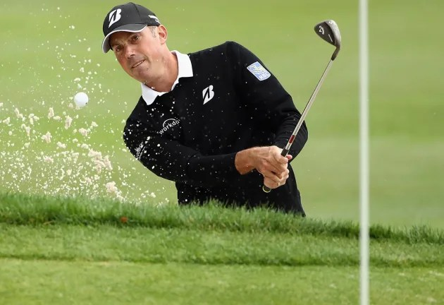 Kuchar, English pull ahead