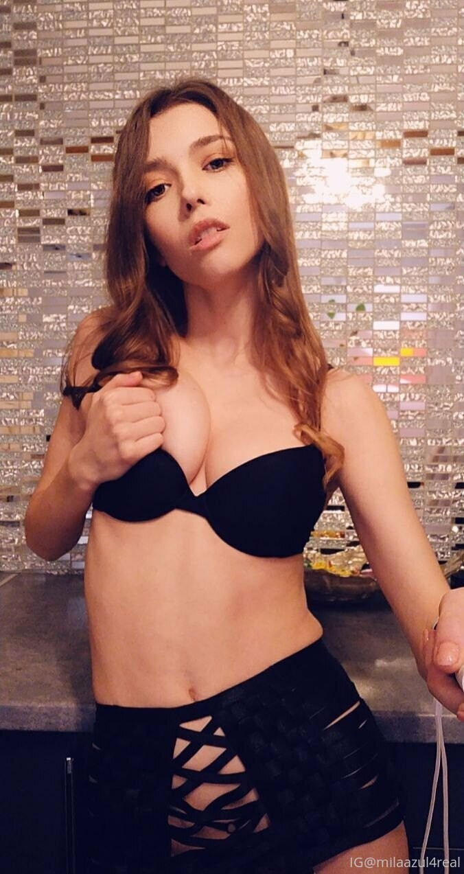 Mila Azul Muy Sexy (46)