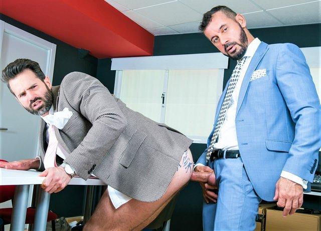 Office Voyeur: Dani Robles ,Thomas Thunder