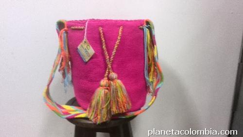 Mochilas wayuu y bolsos wayuu en medelln en Santa Fe De