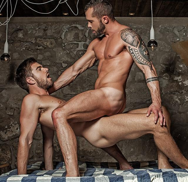 Zander Craze Bangs Tyler Berg In The Ass Raw – Bareback Auditions 5