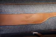 2021-Aston-Martin-DBX-30