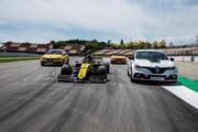 Renault-Megane-RS-Trophy-R-18
