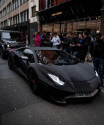 Lamborghini-Aventador-wrapped-in-2-million-Swarovski-crystals-4