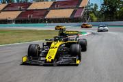 Renault-Megane-RS-Trophy-R-10