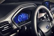 2020-Ford-Escape-10
