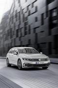 2020-Volkswagen-Passat-facelift-24