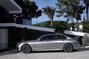 2020-BMW-7-Series-4