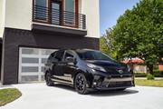 2020-Toyota-Sienna-Nightshade-Edition-1