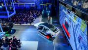 Porsche-Taycan-gets-32-000-applications-16