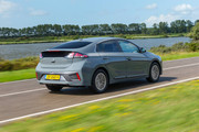 2020-Hyundai-Ioniq-Electric-1