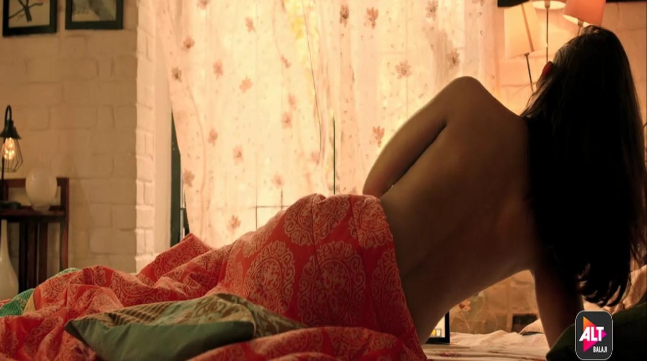 Apharan Movie Screenshot