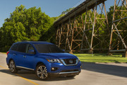 2020-Nissan-Pathfinder-15
