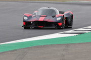 Aston-Martin-Valkyrie-4