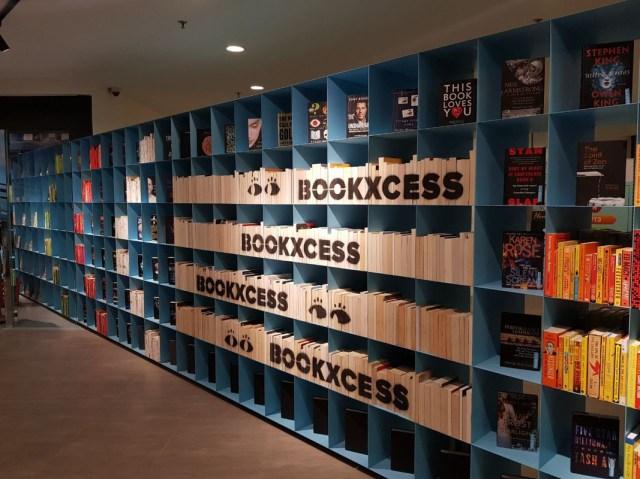 banyak buku yang ditawarkan