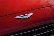 2021-Aston-Martin-DBX-5