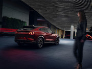 2021-Ford-Mustang-Mach-E-12