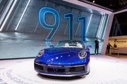 2020-Porsche-911-Carrera-4-S-Cabriolet-2