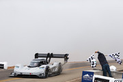Volkswagen-ID-R-will-race-at-N-rburgring-Nordschleife-2