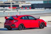 2019-Honda-Civic-Type-R-and-Civic-Hatchback-1
