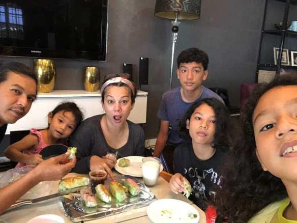 sharifah shahira keluarga