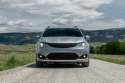 2020-Chrysler-Pacifica-Red-S-Edition-2