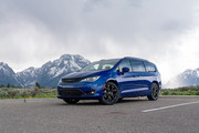 2020-Chrysler-Pacifica-Red-S-Edition-14