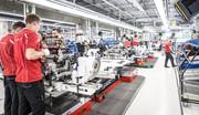 Porsche-Taycan-gets-32-000-applications-17