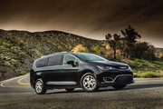 2020-Chrysler-Pacifica-Red-S-Edition-38