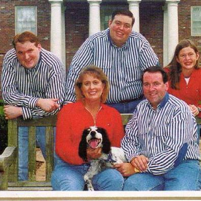 Sarah Sanders with her parents and brothers in her childhood.