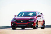 2019-Honda-Civic-Type-R-and-Civic-Hatchback-24