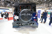 Land-Rover-Defender-Chelsea-Truck-Company-Vanguard-Edition-2