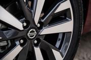 2020-Nissan-Versa-9