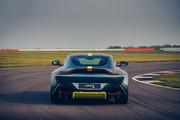 2020-Aston-Martin-Vantage-AMR-7
