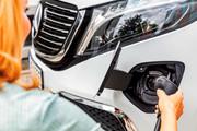 2020-Mercedes-Benz-EQV-9
