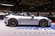 2020-Porsche-911-Carrera-4-S-Cabriolet-6